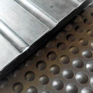 Stud dot rubber stable mats 4ft x 3ft x 12mm